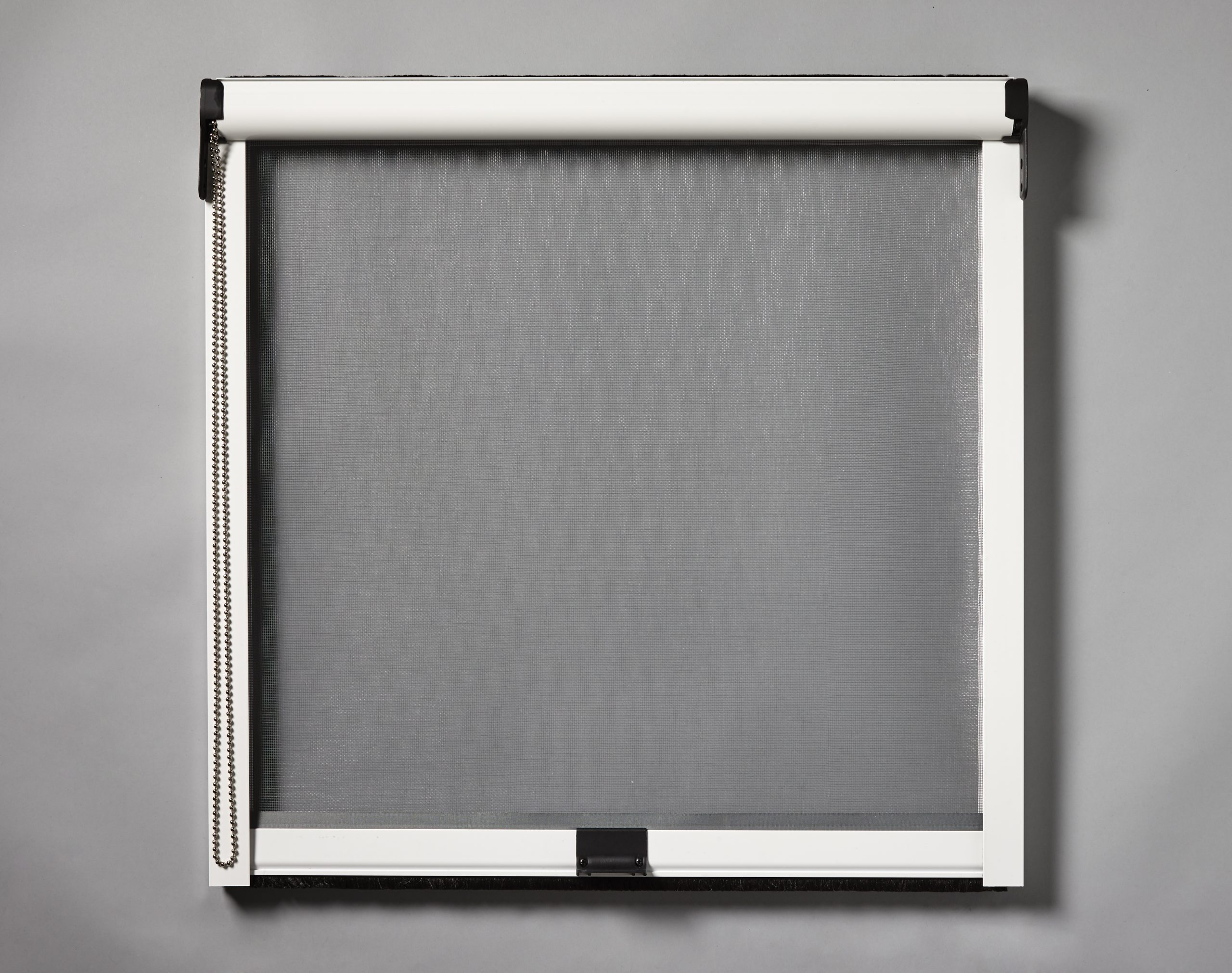 Recessed Vertical Chain Insect Screen Decorquip